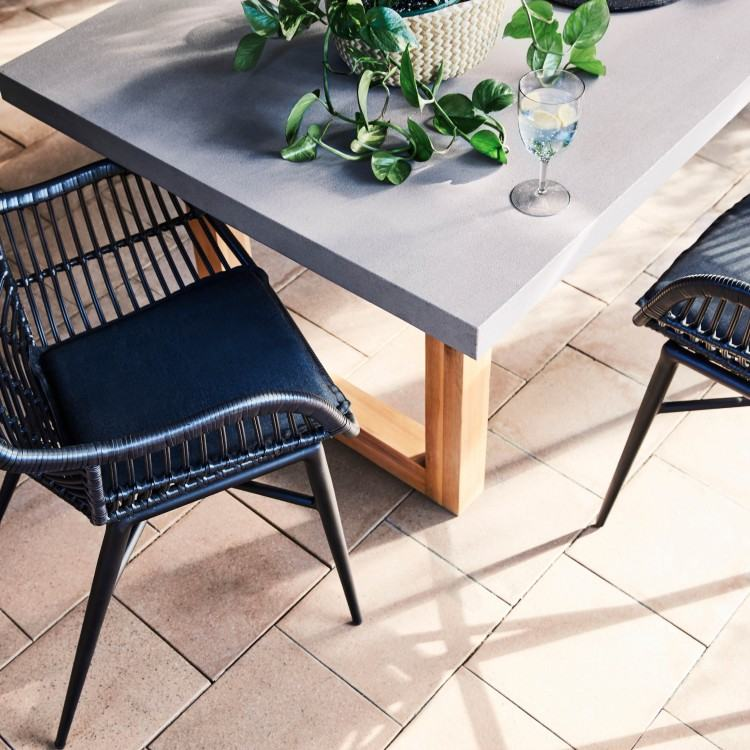 For truly chic and practical outdoor living, the Palasari collection  includes classic Designers Guild favourites, including signature classic  designs such