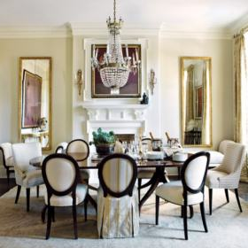 Château de Courcelles: One of the elegant dining rooms