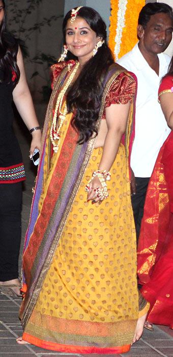 Vidya Balan walks the ramp for designer Sabyaschi at Wills Lifestyle  Fashion Show