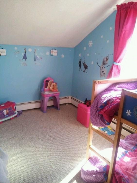 frozen themed bedroom
