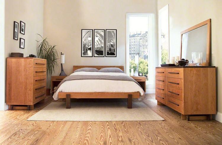 Spacious Shaker Bedroom Furniture Quartersawn