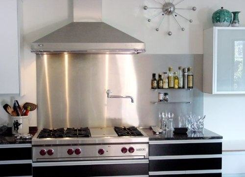 Below is for example an image of a stainless steel backsplash design that  did