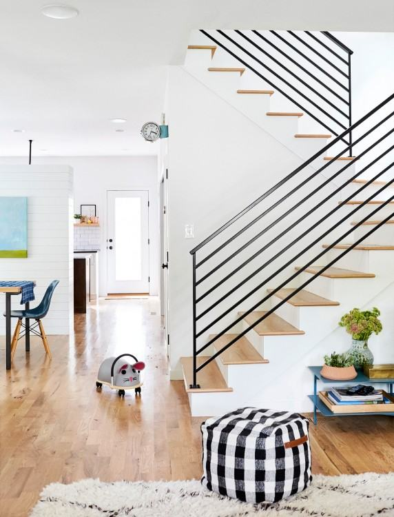 Stairs From Front Of The House Design 2017 Including Brick Porch Steps  Designs Full Images