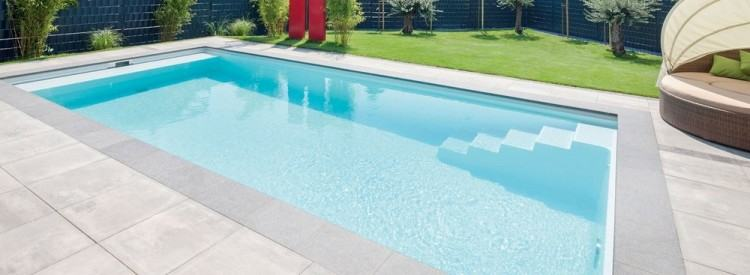 A mosaic tile design is a traditional way to decorate the swimming pool