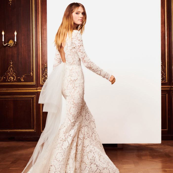 Real Photo 2018 Wedding Dresses Long Sleeves Crystal Quinceanera Dress  Elegant Lace Up Sheer Illusion Neck Ball Gown Bridal Gowns Pakistani Wedding  Dresses