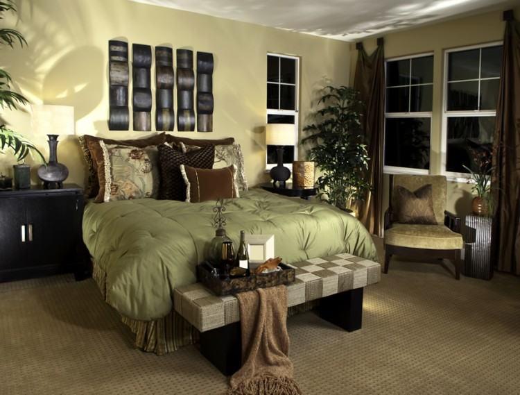 Gray walls, dark brown furniture—bedroom? Paint color: Amherst Grey –  Benjamin Moore
