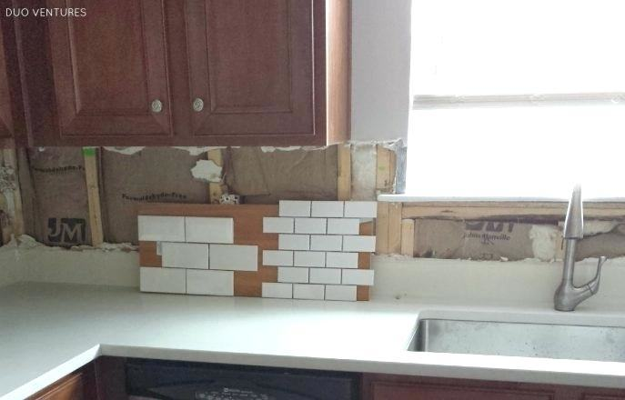glass backsplash  for kitchens tile