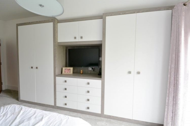 Fitted bedroom furniture London