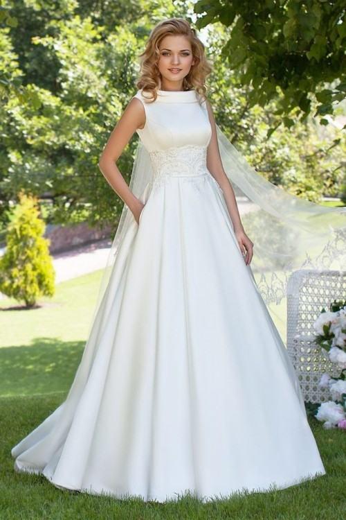 Elegant White Satin Mermaid Wedding Dresses Lace Appliques