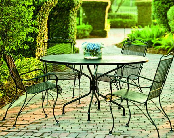 Summer Classics outdoor furniture showrooms offer luxury patio furniture to  the trade