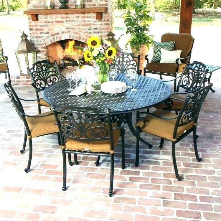 Agio Parkdale5 Piece Round Dining Table and Chair Set