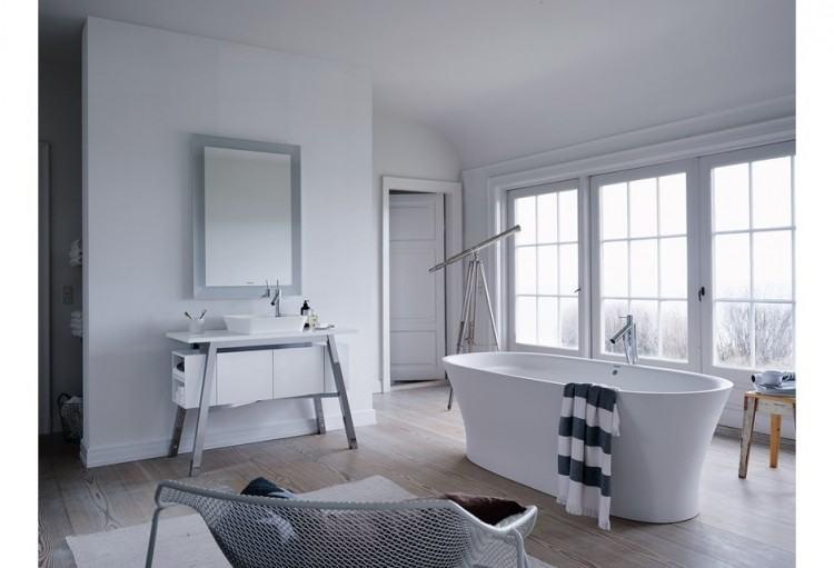 black and white Minimalist Bathroom