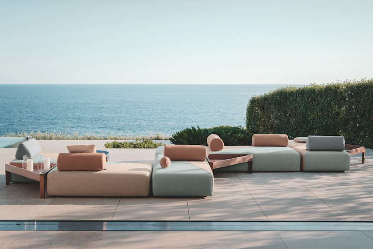 Set of patio furniture in modern form
