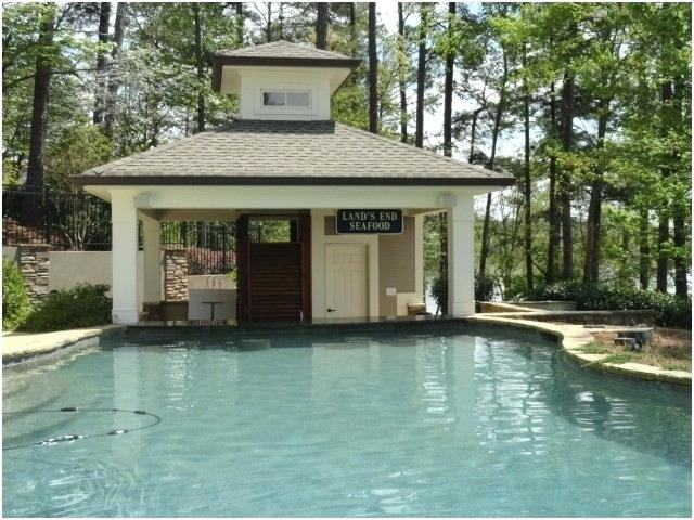 pool  house and swim up bar