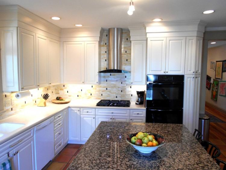 Fullsize of Soothing Glass Backsplash Virginia Colonial Cream Granite Norrn  Virginia Colonial Cream Granite Counter Glass