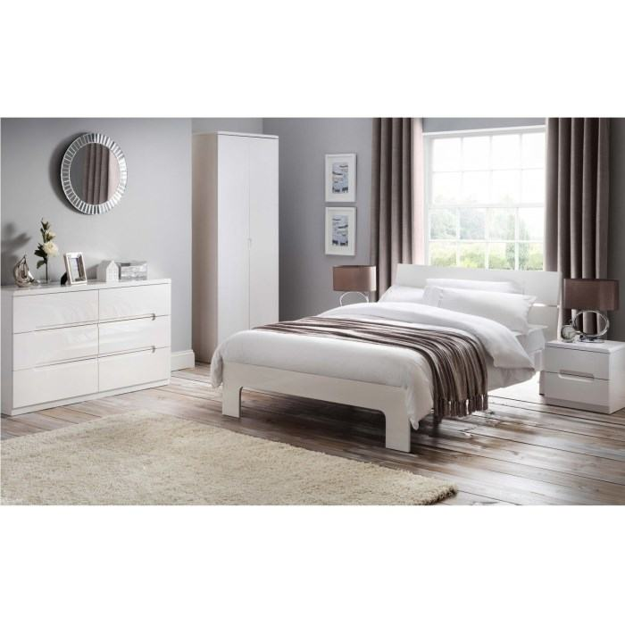 SuperSaveUK provides an exciting range of home furnishings, Chesterfield  Genuine Leather sofas, chairs, dining furniture, bedroom furniture and lots  more