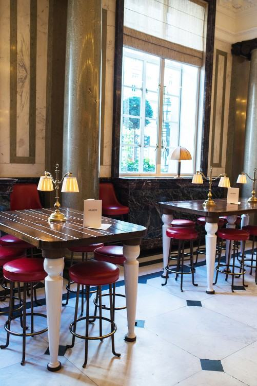 A grand brasserie, also inside the historical 1914 Belle Époque building  that is the Rosewood Hotel today, the Holborn Dining Room serves up  seasonal,