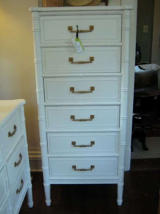 White dressers for guest bedrooms