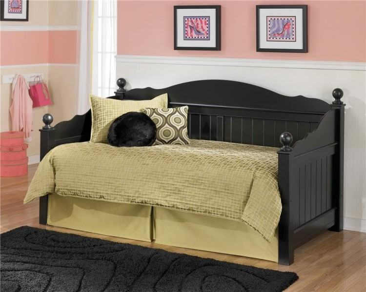 ashley youth bedroom furniture youth bedroom furniture ashley furniture  jaidyn youth bedroom