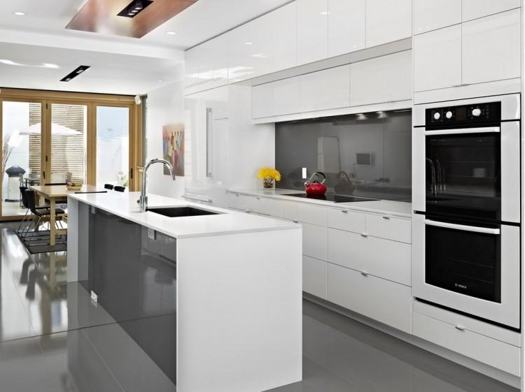 Best 25 White Contemporary Kitchen Ideas Only On Pinterest Decoration  in Modern Kitchen With White Cabinets
