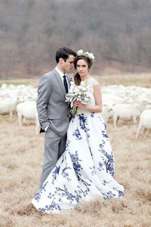 Real Photo ful Camo Wedding Dresses Blue Flower Pattern Beaded Sweetheart  Ball Gown Plus Size Bridal Gowns CorsetSB059 Lace Bridal Gowns Lace Wedding  Gown
