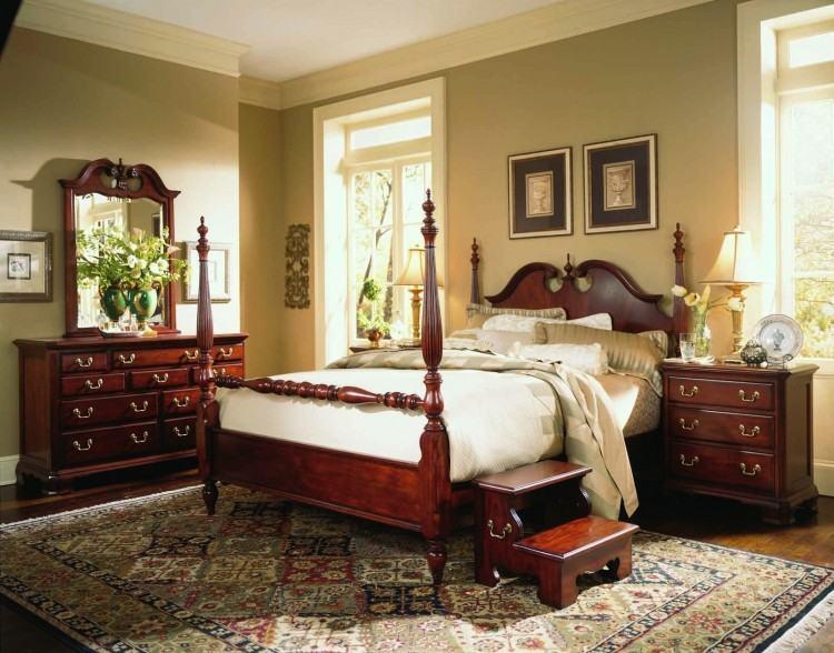 Trishley Bedroom Set