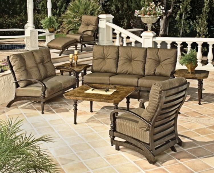 This affordable patio set is just the right size for your small patio,  balcony or porch