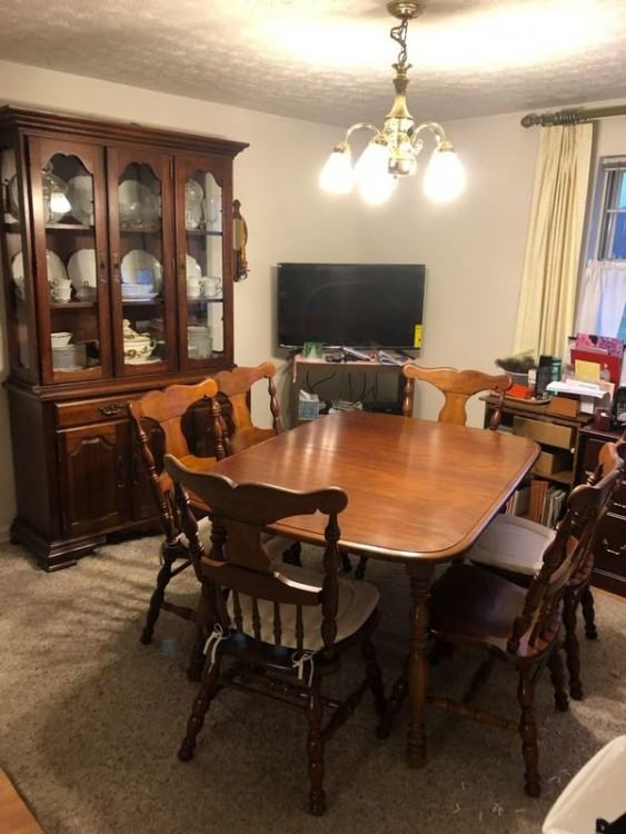 shocking cherry dining room table and chairs cherry dining room table and 6  chairs