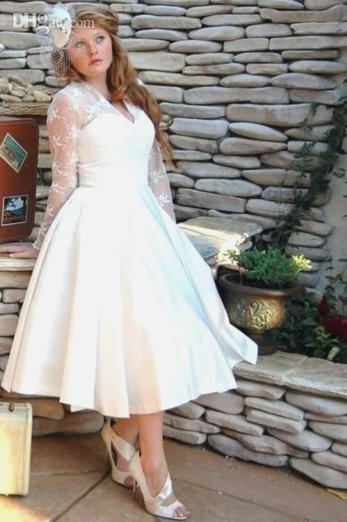 Discount Plus Size Short Wedding Dresses Vintage Style Scoop Neckline A  Line 3/4 Long Sleeve Tea Length Lace Bridal Gowns Vestidos De Noiva W600  Wedding