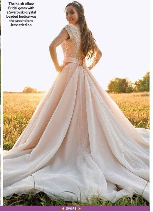 Wedding Jinger Duggar Dress 1500 1500x844
