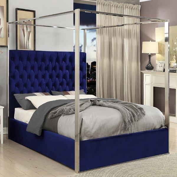 Rooms To Go puts a wide range of modern furniture right at your fingertips,  with the best