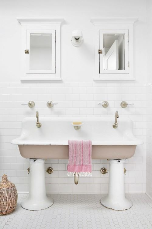 shabby chic small bathroom