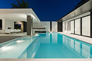 Custom Swimming Pool Designs Serving Tucson, AZ