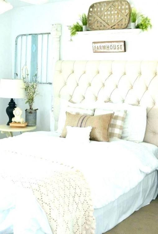 Farmhouse Reimagined Antique White Poster Bedroom Set