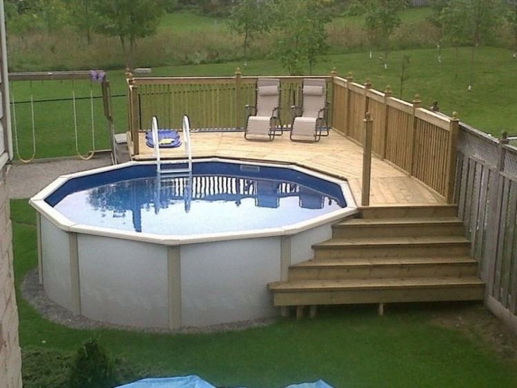 Need swimming pool remodeling ideas or to repair a leaking pool? Call the  experts at swimming pool remodeling and restoration
