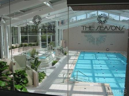 Property Image Of 10 City Place Ph4c In White Plains, Ny