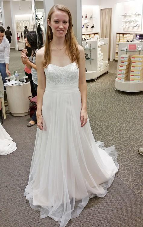 David's Bridal Scalloped Lace Mermaid Wedding  Dress